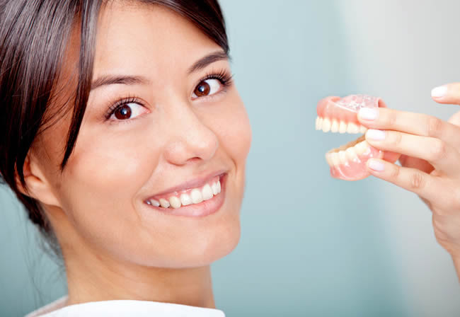 Cosmetic and permanent denture services Sunshine Coast